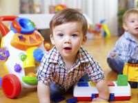 Какие игрушки нужны ребенку в 1-12 месяцев