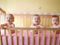 Важные элементы детской комнаты: выбираем кроватку для малыша