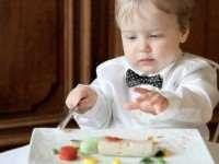 Как выбрать посуду для ребенка?