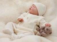 Вещи для новорожденного: убираем лишнее