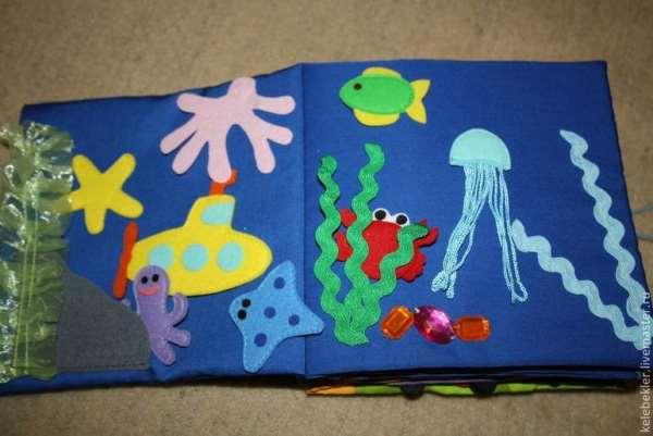 Развивающая мягкая книга для малышей своими руками (часть 1)