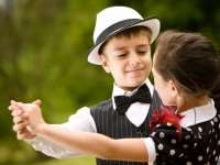 В каком возрасте отдавать ребенка на танцы