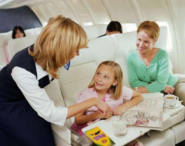 Особенности оформления детских авиабилетов