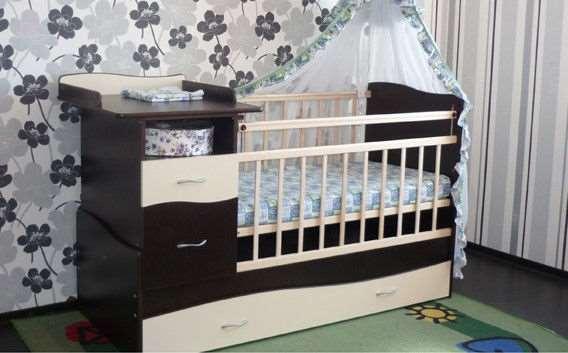 Кроватка трансформер: лишние траты или практичное приобретение?