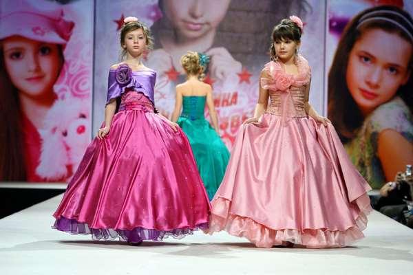 Фото девочек показ мод