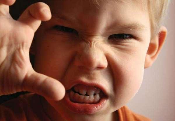 Почему ребенок грубит