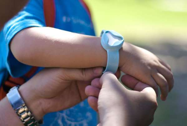 Ребенок вне дома: принципы безопасности