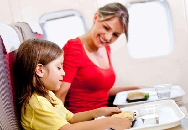 Полеты с ребенком: как себя вести?
