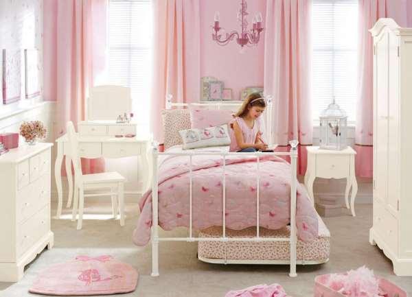Комната для девочки: меблировка и декор