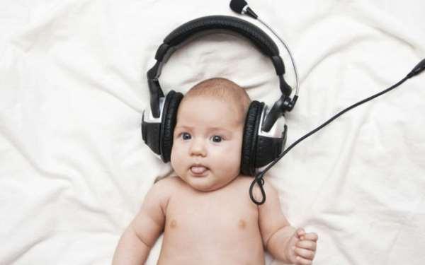Шум и дети: как влияют звуки и их громкость на развитие ребёнка