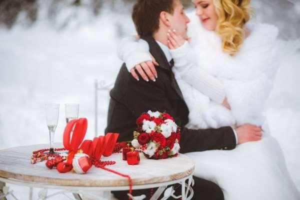 Достоинства и недостатки зимней свадьбы