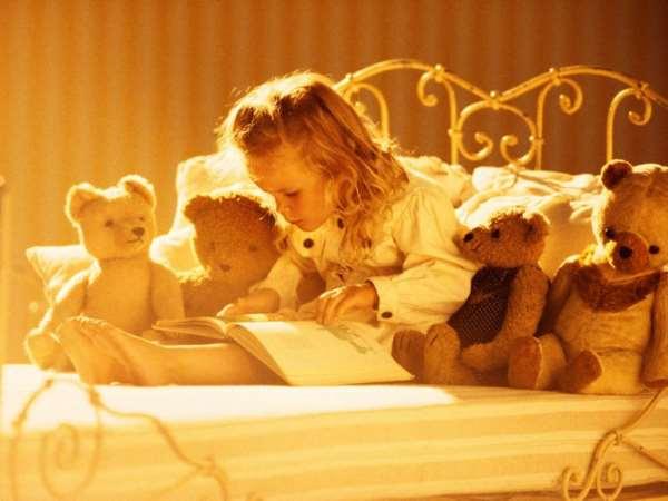 Как правильно читать книги детям?