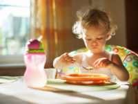 Плохой аппетит у детей до года — причины и способы его улучшения