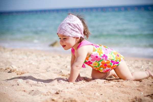 Как подготовиться к отдыху на море с ребенком