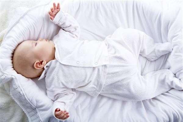 Основные разновидности пеленок для детей и их преимущества