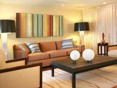 Каковы функции торшера в современной гостиной квартиры?