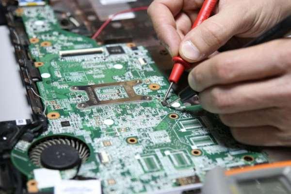 Ремонт ноутбука лучше доверить опытным и квалифицированным специалистам