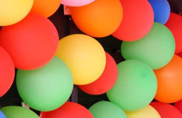 Воздушные шарики – превосходное средство для оформления помещений и рекламы