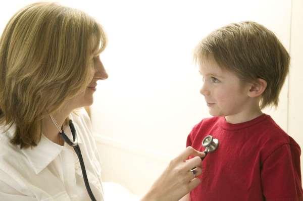 Почему нужно регулярно посещать детского врача эндокринолога