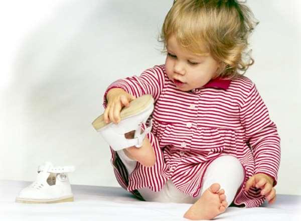 По каким критериям выбирать детскую одежду