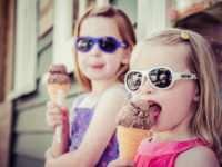 Солнцезащитные очки для ребенка в современном исполнении