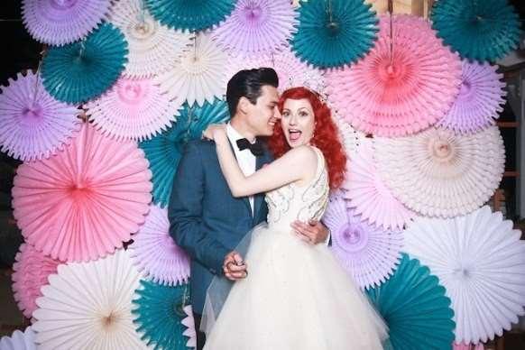 Преимущества заказа костюмированной вечеринки на свадьбе