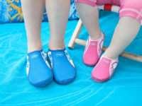 Как правильно выбрать обувь для похода в бассейн