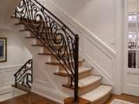 Кованая лестница для дома по индивидуальным требованиям