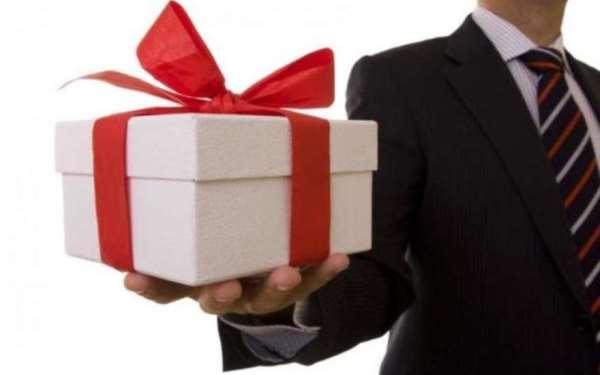 Моменты, заслуживающие внимания при выборе сувениров на подарок