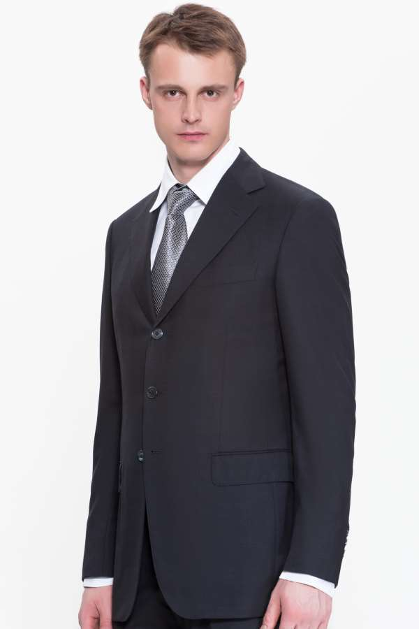 Стильная и теплая одежда из шерсти: готовая и на пошив