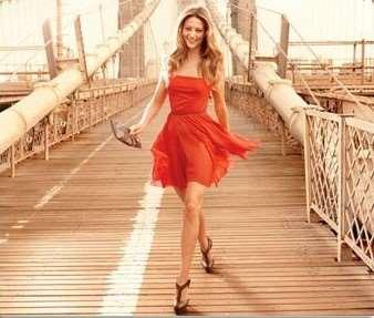 Чем опасно маленькое красное платье?