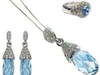 Изысканные бижутерные украшения с кристаллами Сваровски
