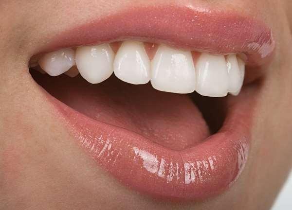 Современные методики восстановления зубной эмали