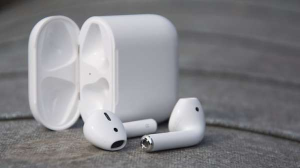 Лучше спортивные наушники к гаджетам Apple