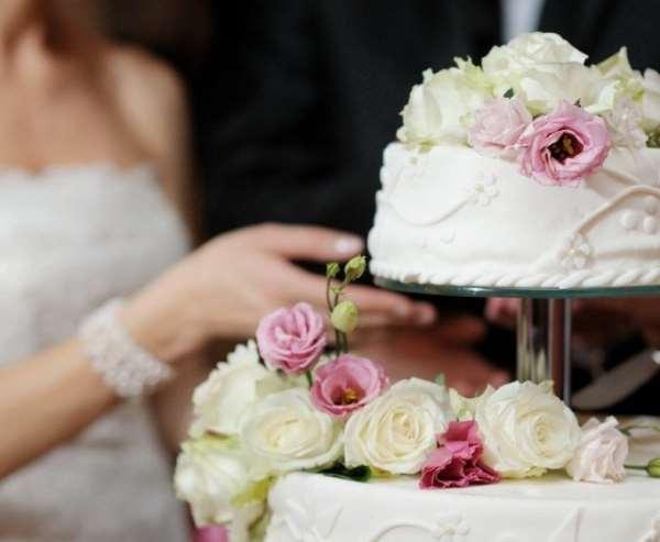 Все о свадебных тортах и их выборе