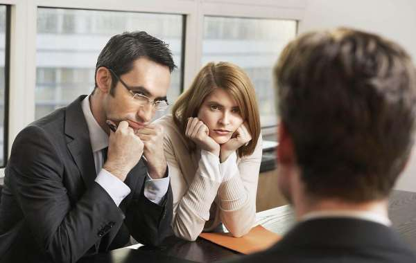 Юрист по разводам и семья