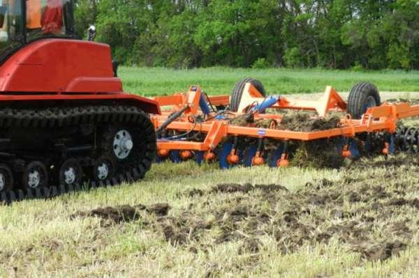 Что нужно для комплексного проведения сельскохозяйственных работ?