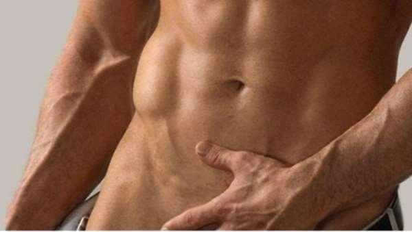 Развенчиваем мифы об эпиляции зоны бикини у мужчин