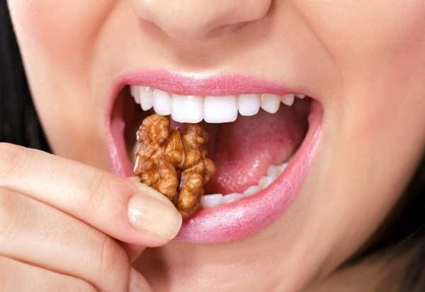 Множество причин установить виниры на зубы