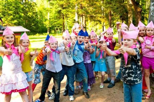 Как выбрать интересный и хороший детский лагерь для своего ребенка?