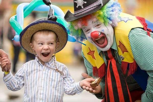 Какой должна быть развлекательная программа на детском празднике?
