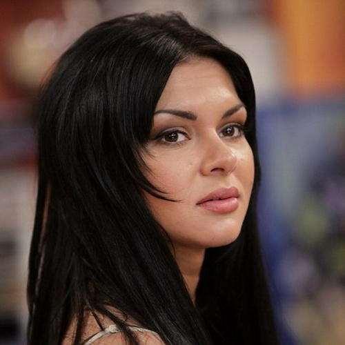 В Сети обсуждают личную жизнь экс участницы «Дома 2» Виктории Карасевой