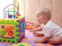 Игрушки для детей от рождения до годовалого возраста