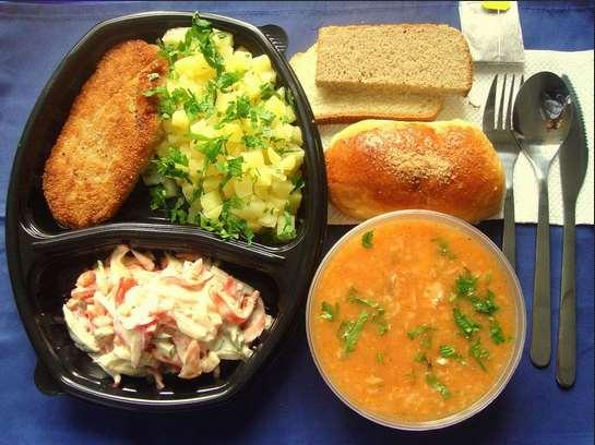 Преимущества доставки обедов в офис или на дом