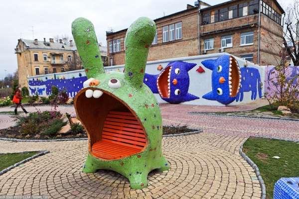 На улицах Киева появились «сказочные звери»