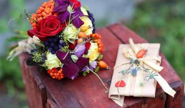 Доставка цветов – подарите радость близким и уважаемым людям