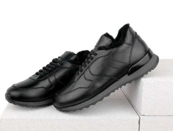 Кожаные кроссовки – максимальное удобство при любой погоде