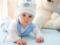 Учимся правильно выбирать одежду для новорожденных