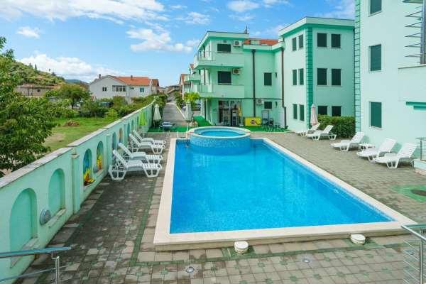 Apart Complex «VinoGrad»   отличный отдых в Черногории