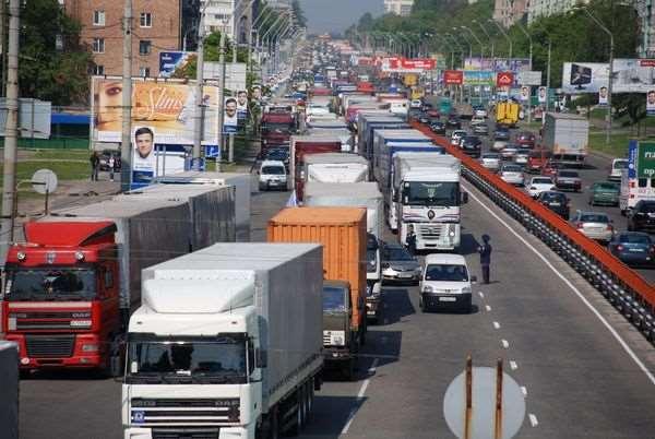 Зачем оформлять пропуск в центр Москвы для грузовых автомобилей